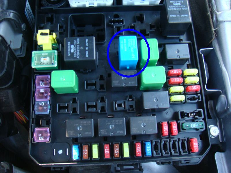 relay blueinstalled black fuel pump relay dead one cut open pics evolutionm Mitsubishi Lancer Fuse Box Diagram at fashall.co